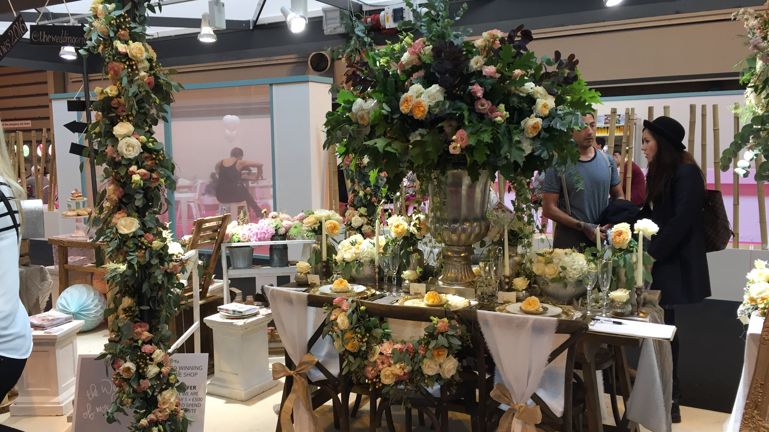 A tablesetting fit for Chatsworth (and smelling fabulous) from Passion for Flowers