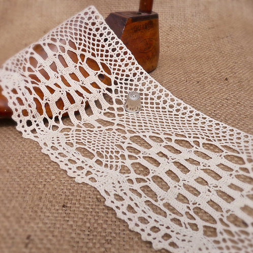 Extra Wide Cream Cotton Crochet Lace M341