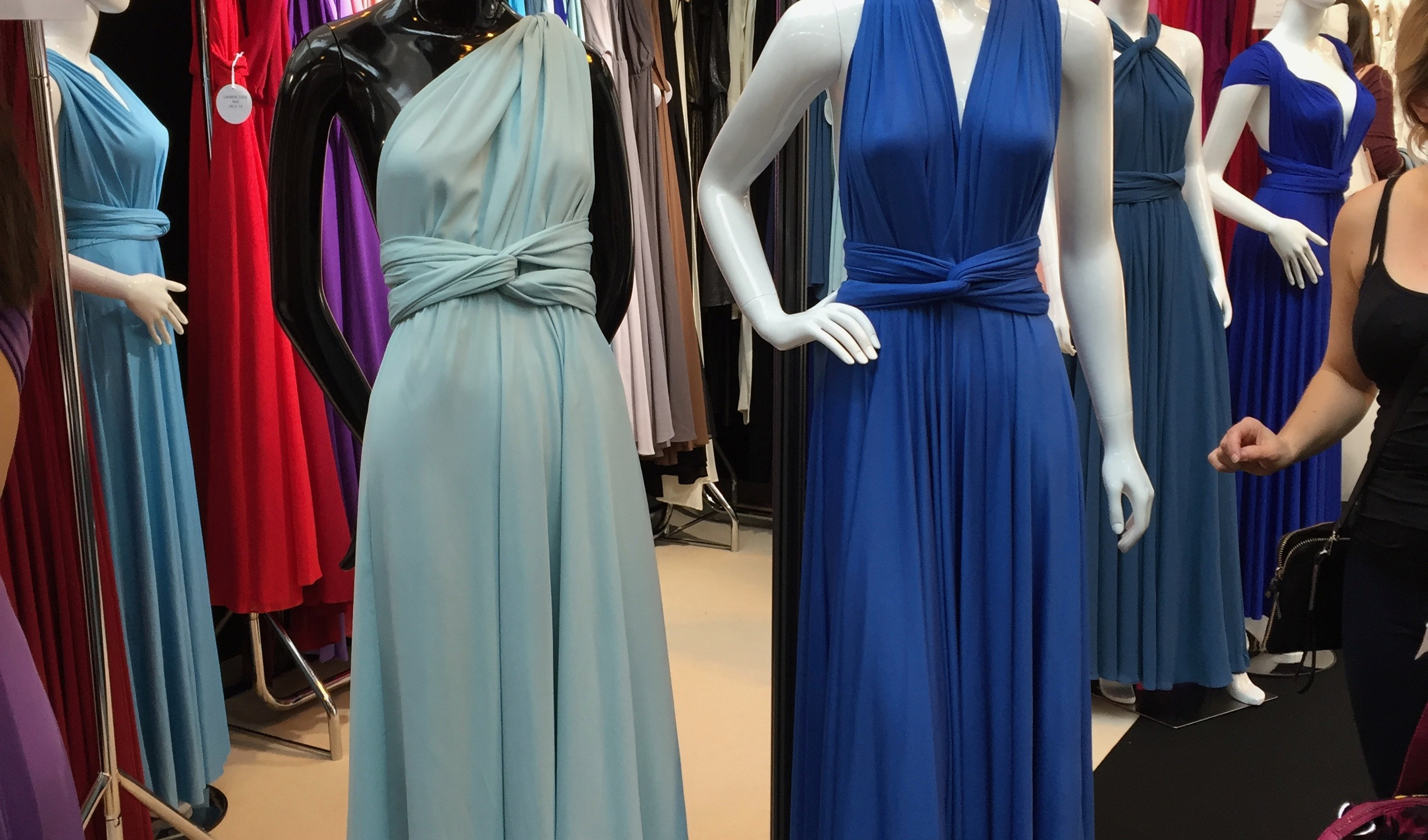 I loved the colours and versatility of these jersey bridesmaid dresses from Lavalia
