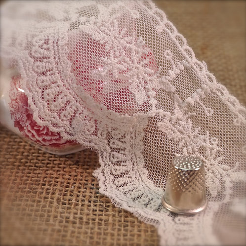 Ivory Flower Garland Embroidered Tulle M311