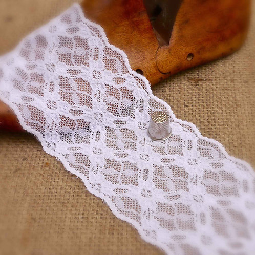 White Stretch Lace Geometric ML411