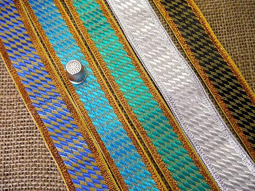 Diagonal Chequered Ribbon M17