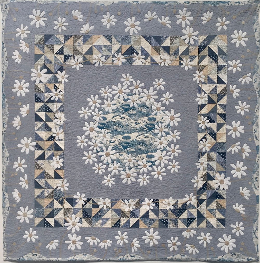 Festival of Quilts Dancing with Daisies by Edith Dixon (Traditional Quilt)