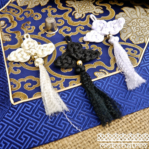 oriental white cream black knot cloud tassels tassles cord chinese trim applique haberdashery mokshatrim