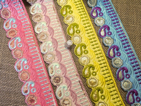 Paisley Embroidered Trim M26