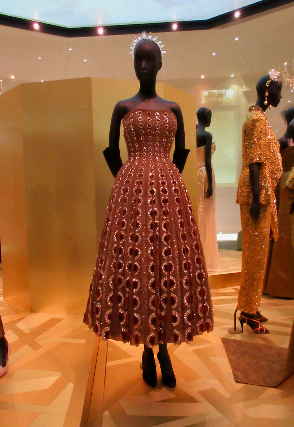 Esther Dress, Christian Dior Haute Couture Autumn/Winter 1952 Velvet and silk tulle with beads.