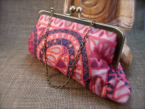 Pink Retro Geometric Design Sari Clutch P12