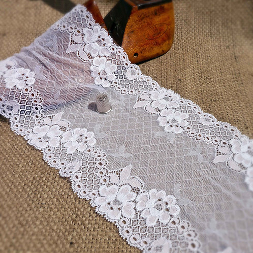 Pale Pink Rose White Stretch Lace M406