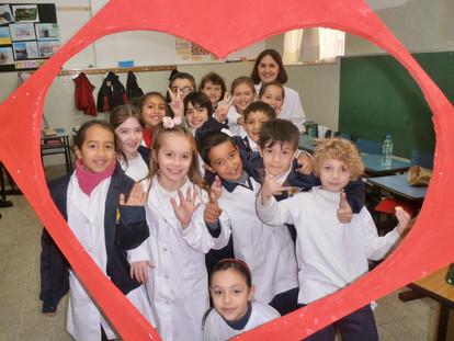Pluma Corazonista: Dos estilos de escuela
