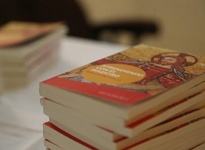 """Libro """"Aprendiendo con el Maestro"""""""