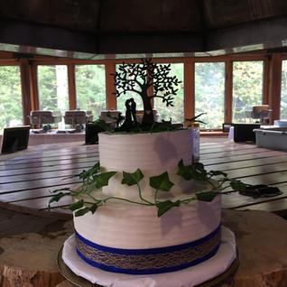 Fall Wedding Cake Vines & Tree Wedding C