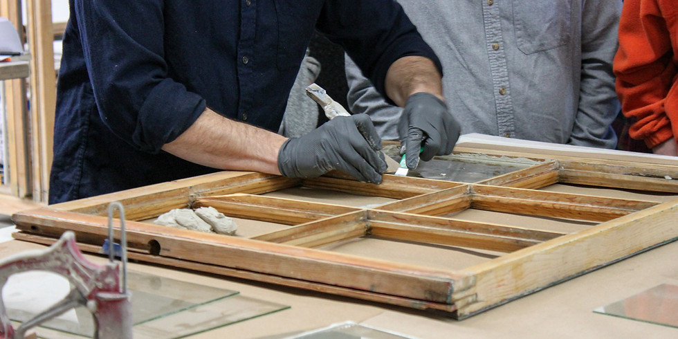 REPAIRING AND RESTORING OLD WINDOWS (BECKER)