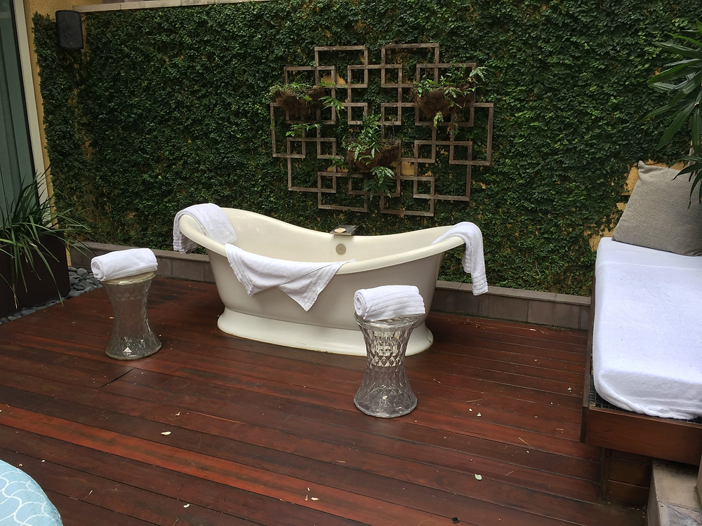 Eau Palm Beach, the couples outdoor tub in the couples sap suites.  Elli Travel is a luxury travel agency specializing in leisure travel.  Larchmont Travel Agency, Mount Kisco Travel Agency, Greenwich Travel Agency, Rye Travel Agency, Scarsdale Travel Agency, Ramsey Travel Agency