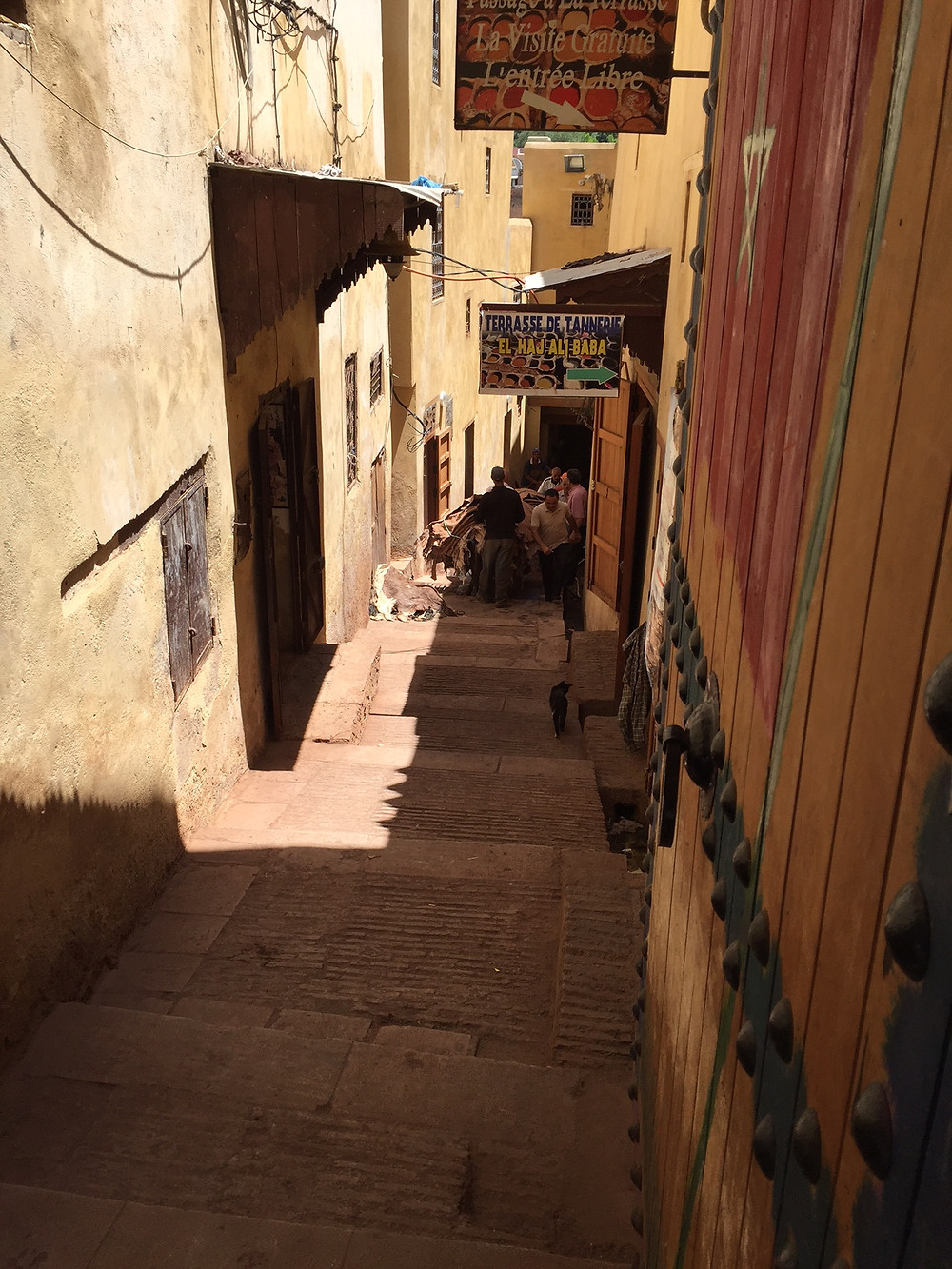 Walking the many alleys of Fez.  Elli Travel Group is a New York Travel Agency based in Larchmont New York. Proud members of Virtuoso, Rosewood Elite and Starwood Luxury Privileges.