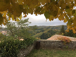 Hiking in Emilia-Romagna. Elli Travel Group is a New York based travel agency specializing in luxury travel. How can I upgrade my Emilia Romagna, Italy Experience? Through Elli Travel Group, clients receive complimentary amenities. We are proud members of Virtuoso, Rosewood Elite, and Starwood Luxury Privileges.