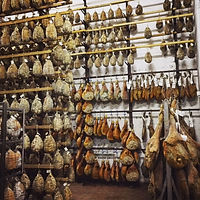 Prosciutto and Culatella producer in Emilia Romagna. Elli Travel Group is a New York based travel agency specializing in luxury travel. How can I upgrade my Emilia Romagna, Italy Experience? Through Elli Travel Group, clients receive complimentary amenities. We are proud members of Virtuoso, Rosewood Elite, and Starwood Luxury Privileges.