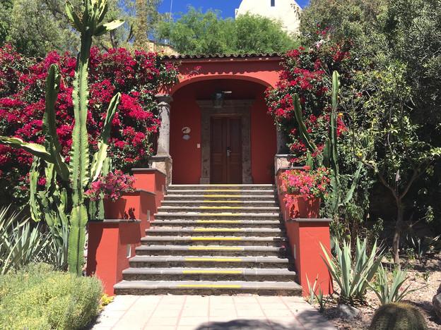 Sierra Nevada Hotel.jpg