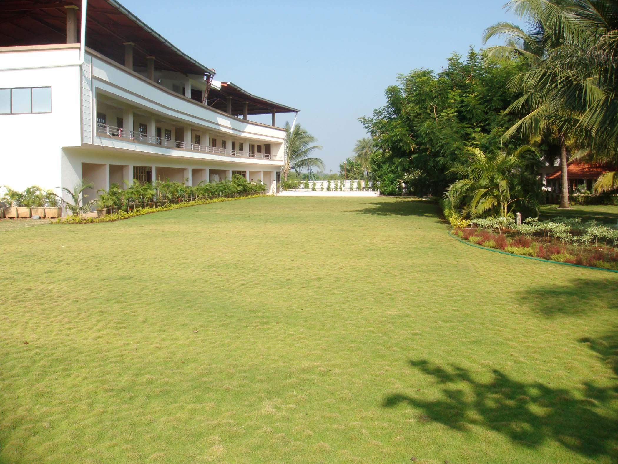 Palghar Hotel