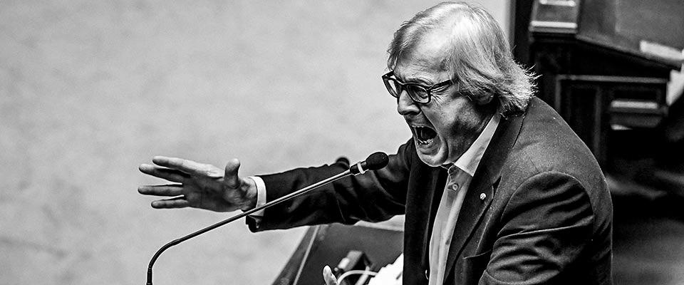 Vittorio Sgarbi comunicazione aggressiva