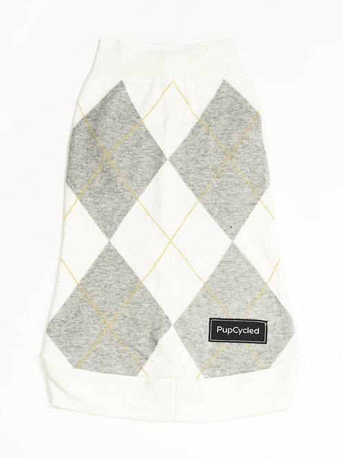 Gray and White Argyle Large Sweater