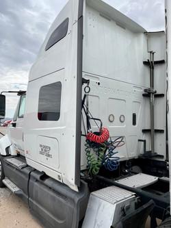 2016 International Truck.3