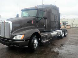 Sleeper-Semi-Trucks-Kenworth-T660-23932723