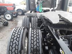 Sleeper-Semi-Trucks-Kenworth-T660-23932746