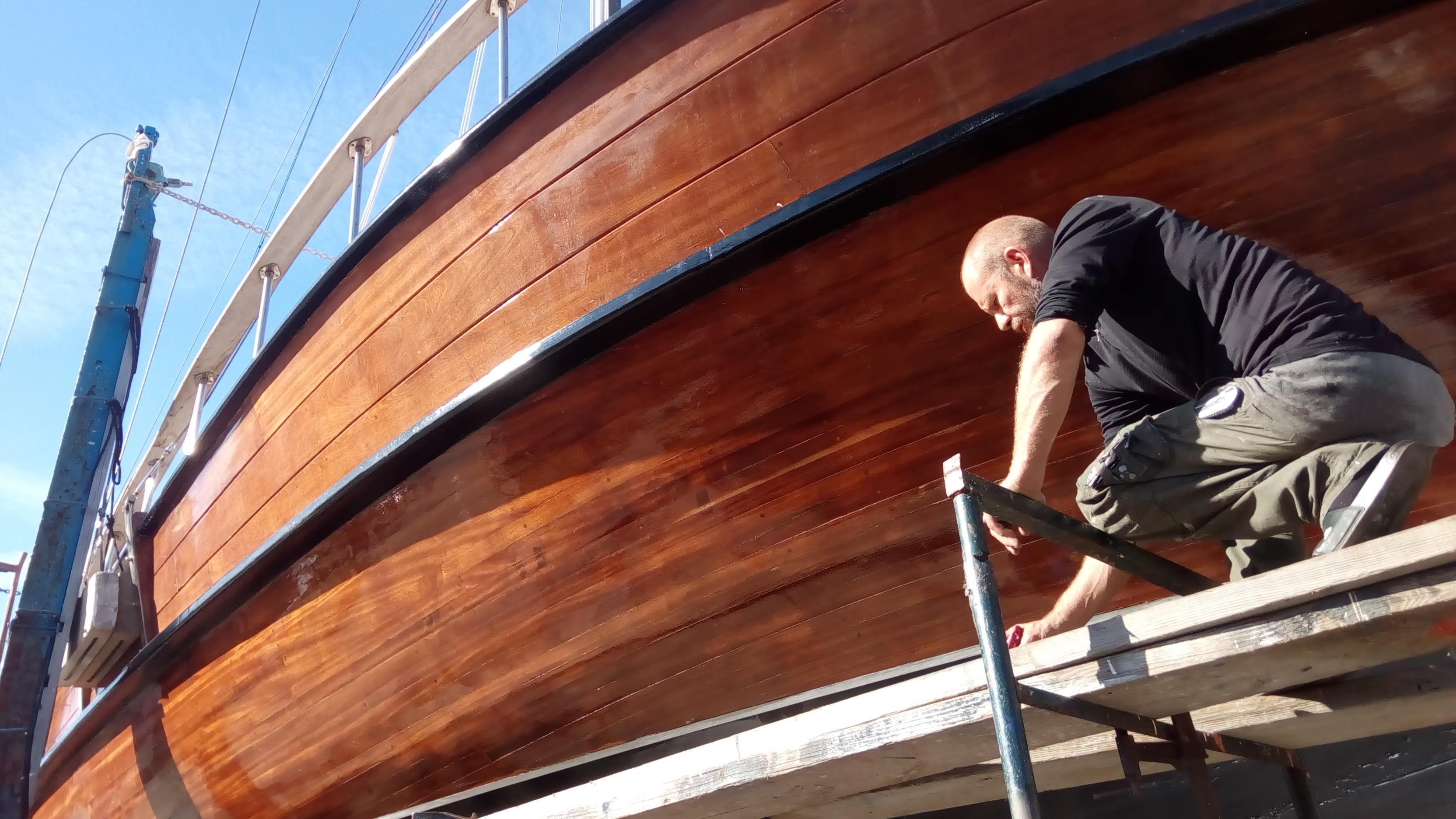 Marlin doing the varnish work