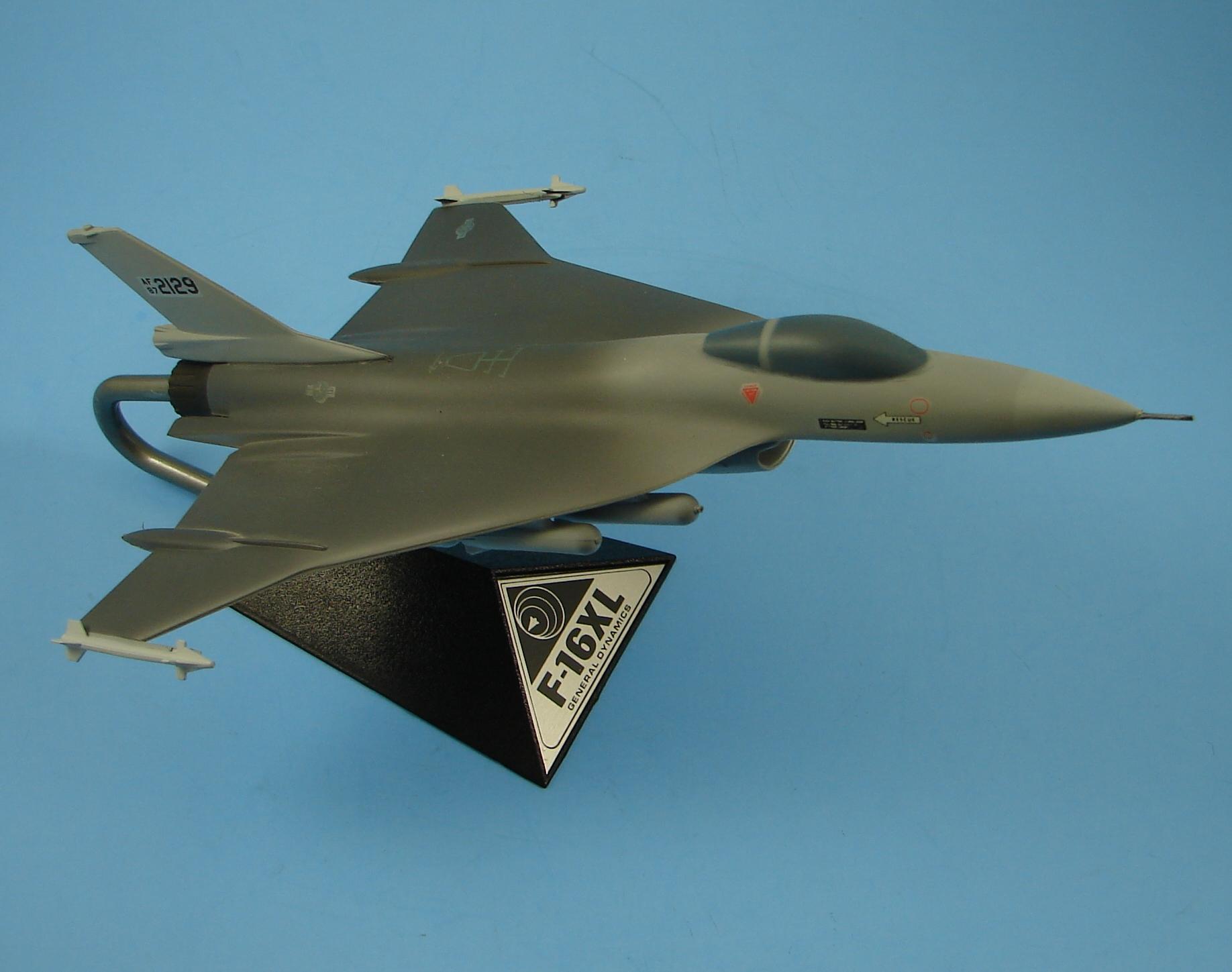 Lockheed F-16XL