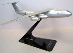 Lockheed C-141