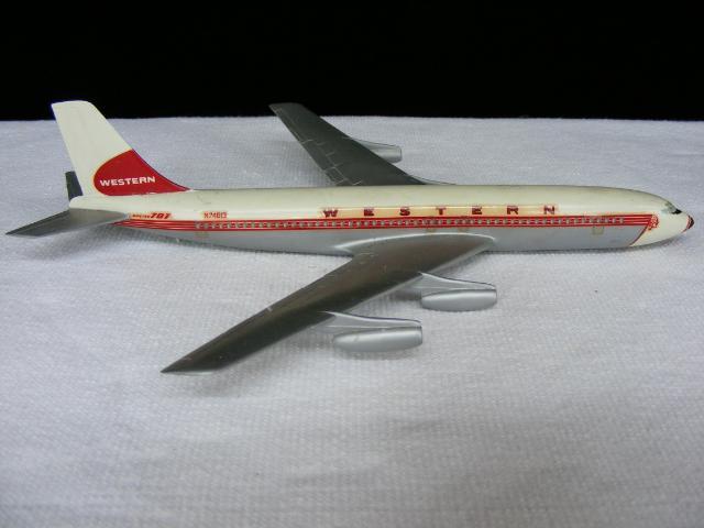Boeing 707 Western Airlines