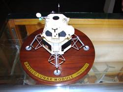 Grumman Apollo LM  (2)