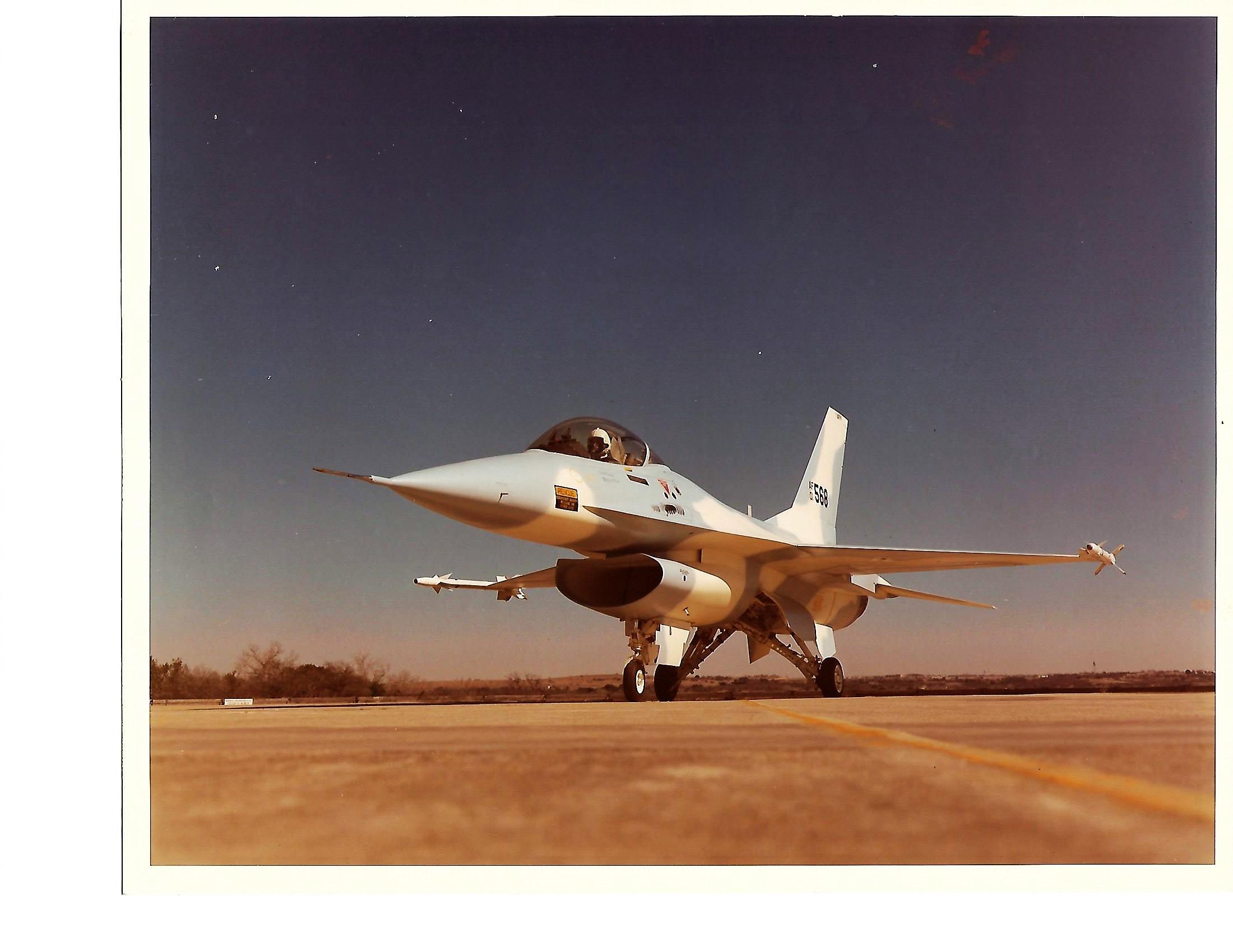 F-16 A Promo Pic