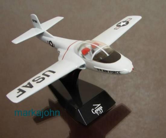 Cessna T-38