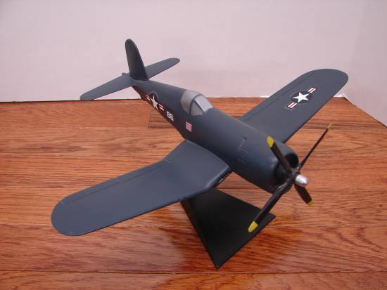 Chance Vought F4U-4 (1995)
