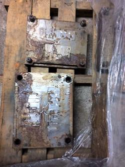 F-105 parts mold