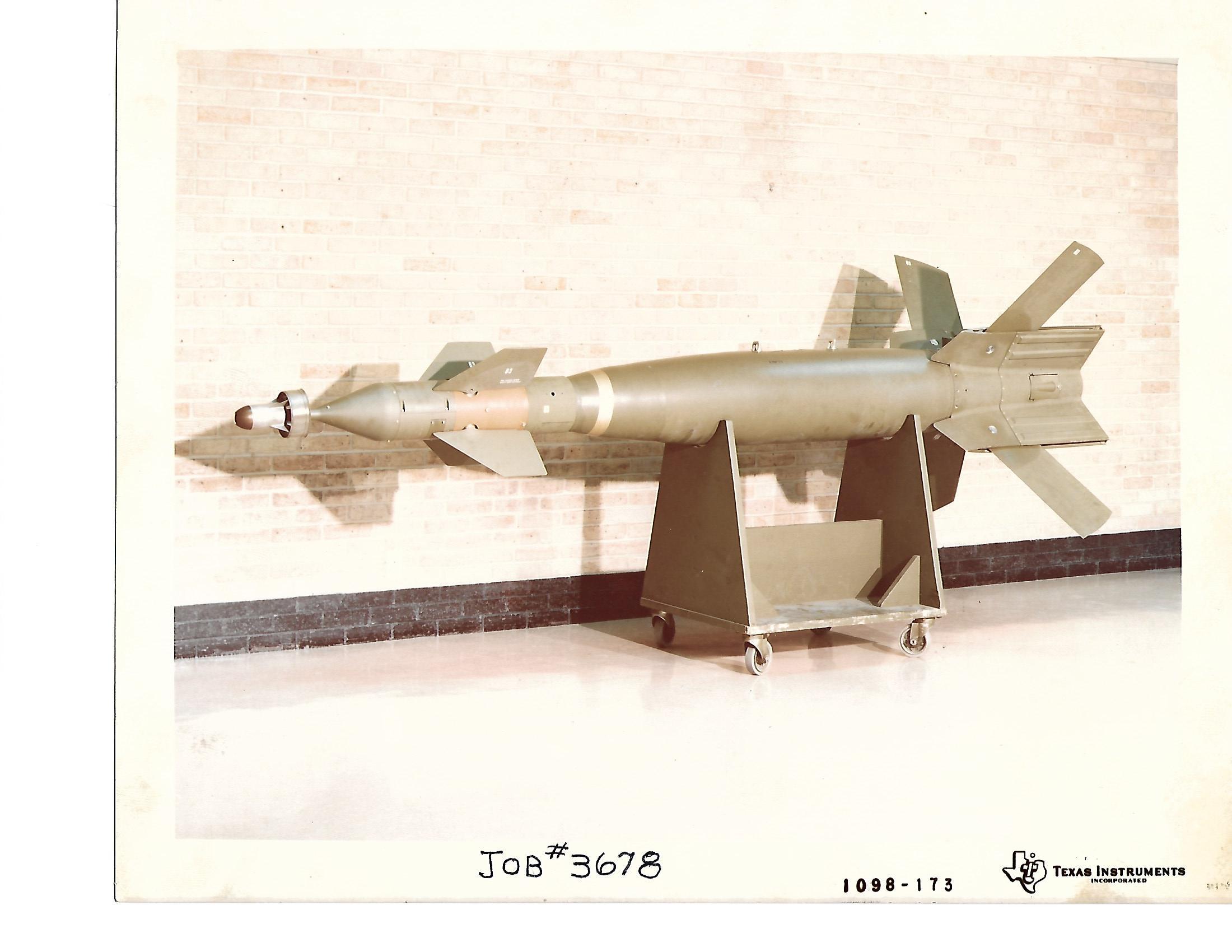 TX. Instruments GBU-12 Paveway II