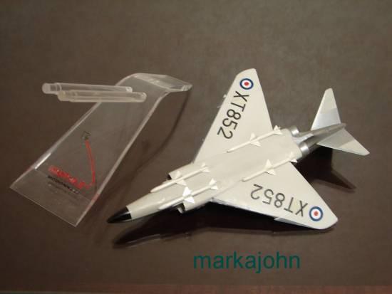 McDonnell F-4 XT852  (2)