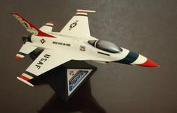 General Dynamics F-16 Thunderbird
