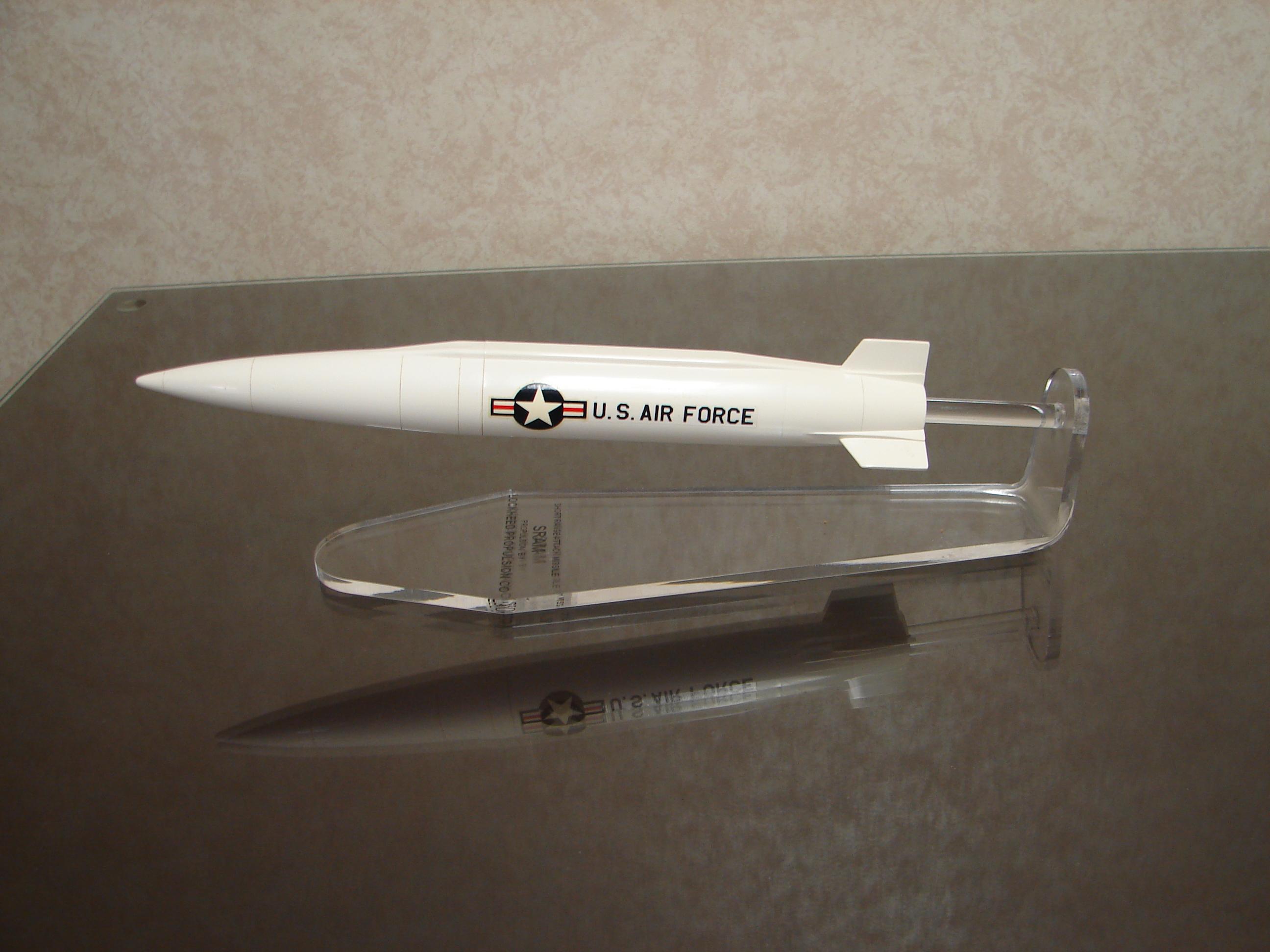 Boeing SRAM missile