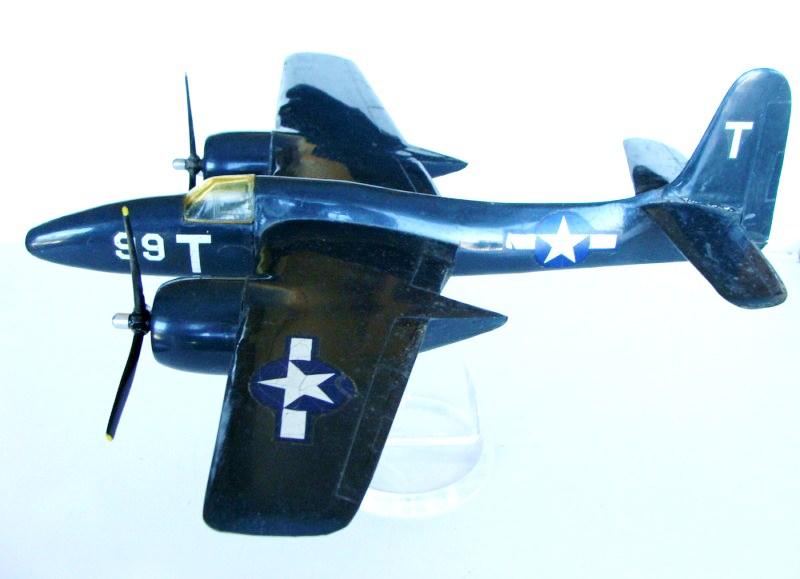 Grumman F-7F Tigercat