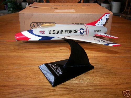 F-100 Super Sabre Thunderbird