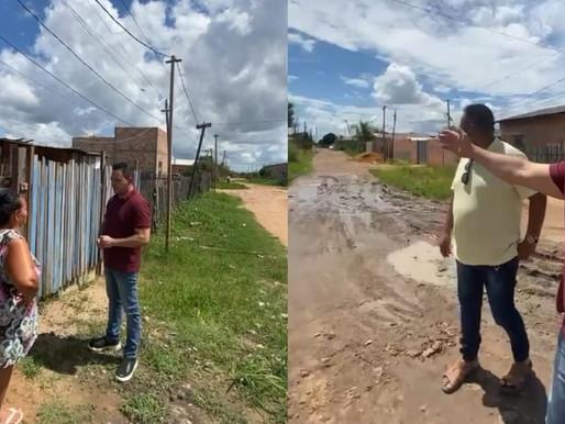Ottaci faz caminhada pela periferia de Boa Vista e promete obras de infraestrutura e assistência soc