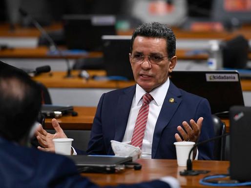 Mecias critica MP que pretende repassar ônus do apagão no Amapá para os consumidores brasileiros