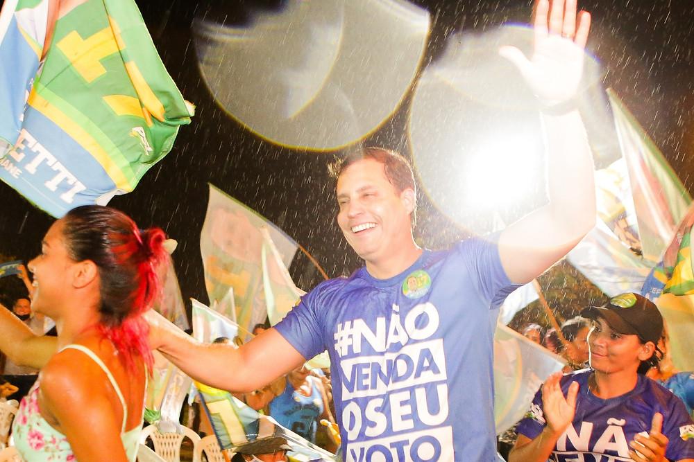 nicoletti em campanha para prefeito em 2020