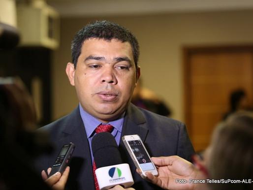 Sampaio deixa a Casa Civil do governo para articular eleição da nova mesa diretora da Assembleia