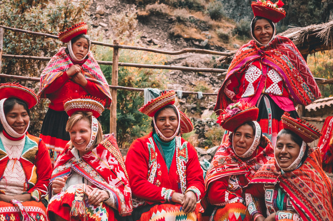 Arrow x Awamaki: supporting local female artisans in Peru