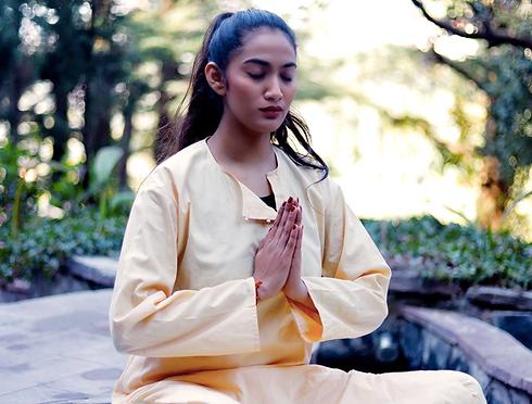 yogwellness%20meditation_edited.png