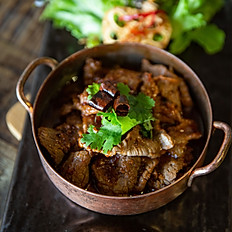 Spicy Beef Blade with Red Wine Sauce