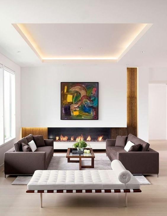Faux-Plafond dans un salon avec éclairage indirect.